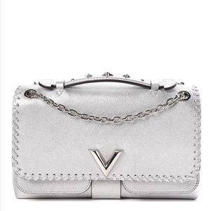 {Louis Vuitton} ❣️ RARE Silver Chain Bag
